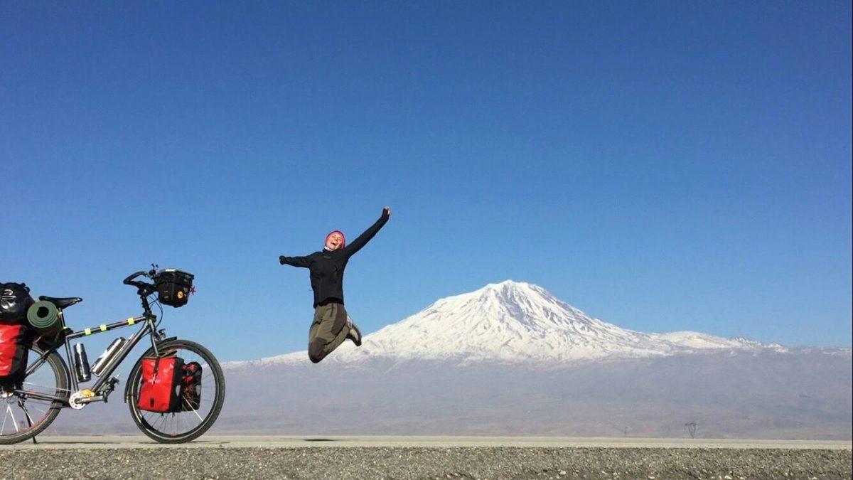bisiklet-ziplayan-melike