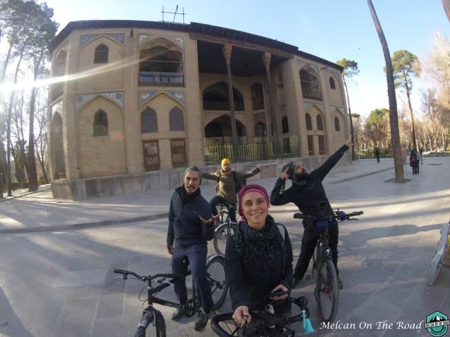 İsfahan Hahast Behest, İsfahan