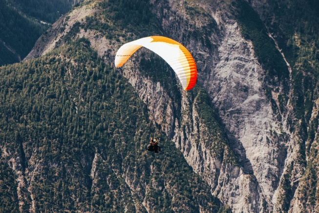 hafta sonu aktiviteleri yamaç paraşütü